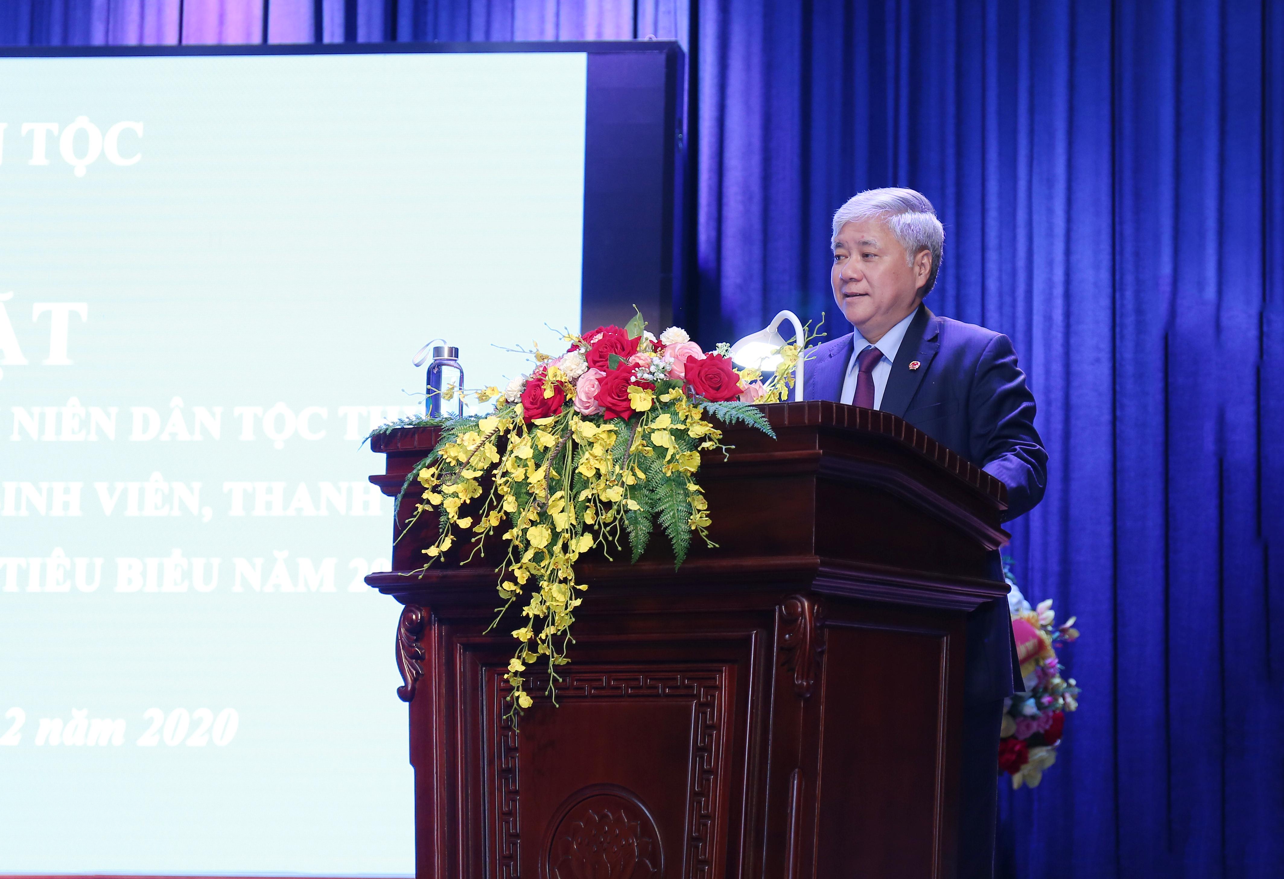 Bộ trưởng, Chủ nhiệm Đỗ Văn Chiến, Trưởng Ban Chỉ đạo Lễ Tuyên dương phát biểu tại buổi gặp mặt