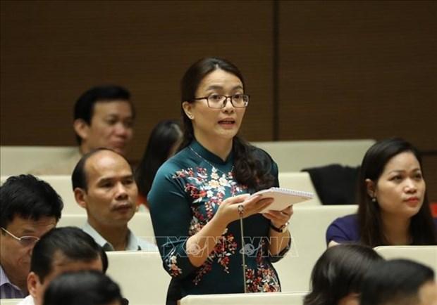 Đại biểu Quốc hội tỉnh Nghệ An Hoàng Thị Thu Trang phát biểu. Ảnh: Văn Điệp – TTXVN