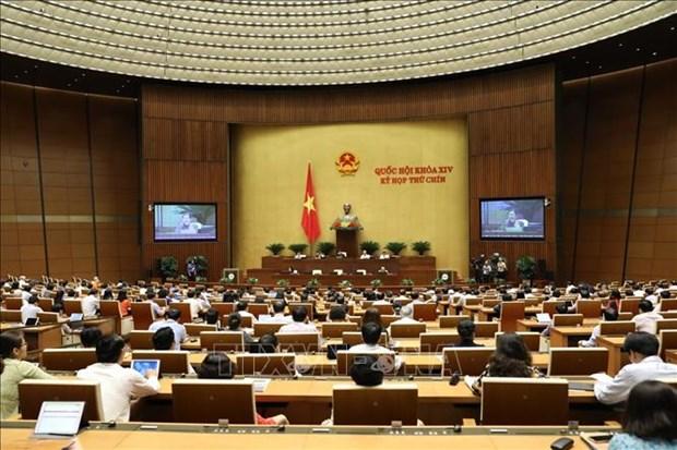 Phó Chủ tịch Thường trực Quốc hội Tòng Thị Phóng điều hành phiên họp. Ảnh: Văn Điệp – TTXVN