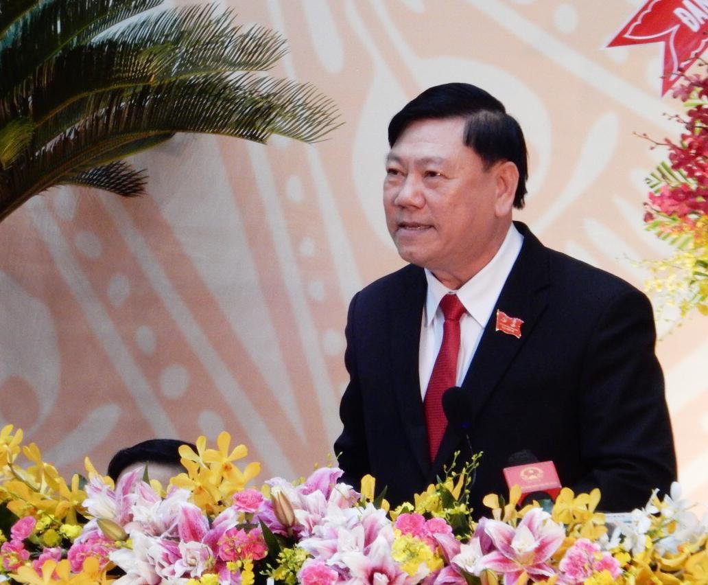 Bí Thư Tỉnh ủy Vĩnh Long Trần Văn Rón phát biểu bế mạc Đại hội