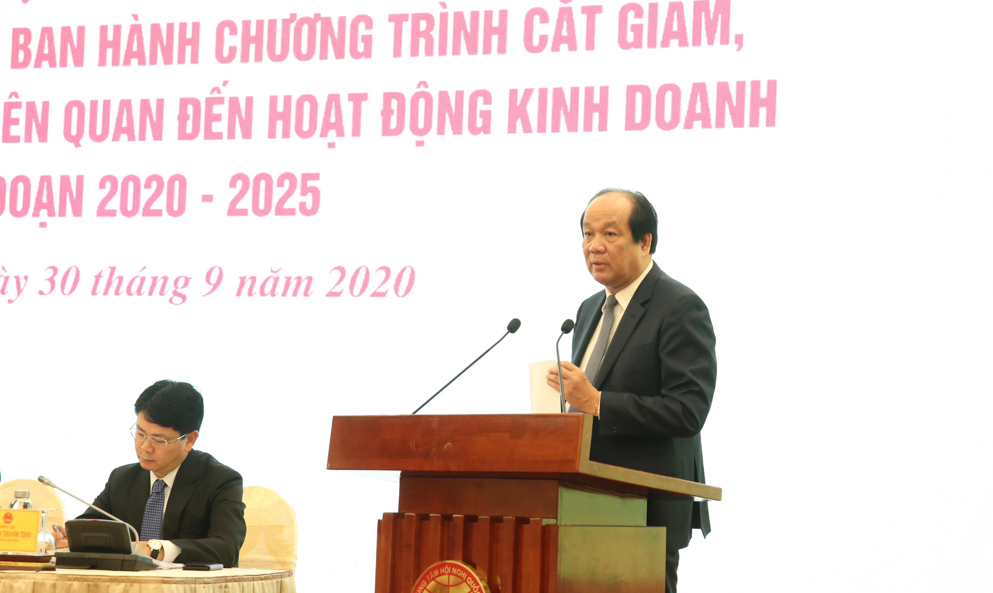 Bộ trưởng Mai Tiến Dũng phát biểu tại buổi họp báo