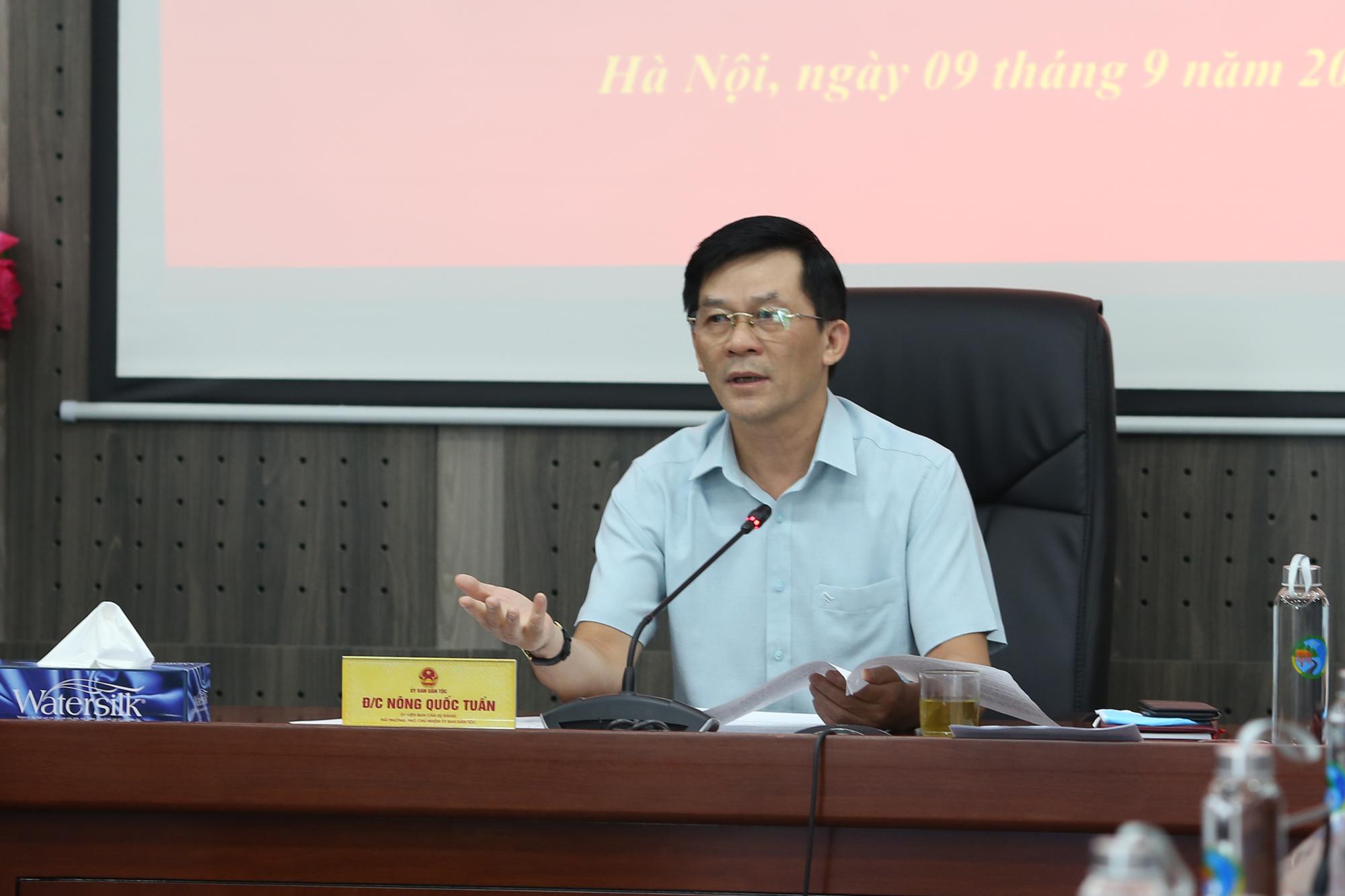 Bí Thư Đảng ủy, Thứ trưởng, Phó Chủ nhiệm Nông Quốc Tuấn chủ trì Hội nghị