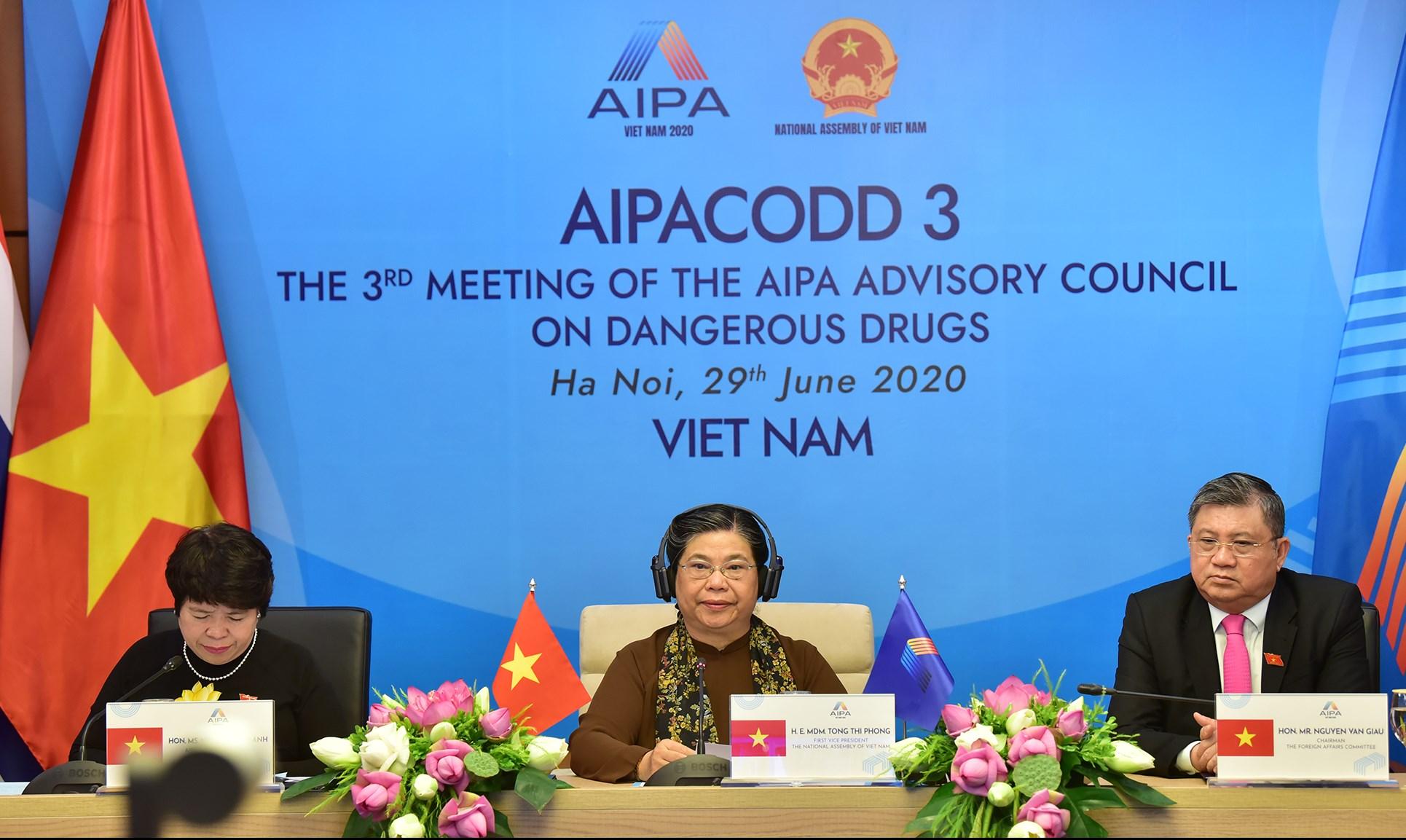 Phó Chủ tịch Thường trực Quốc hội Việt Nam Tòng Thị Phóng phát biểu khai mạc Hội nghị AIPACODD 3 - Ảnh: Hoàng Giang