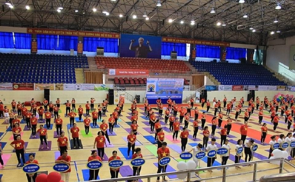 Chương trình thu hút sự tham gia của gần 2.000 hội viên, VĐV của các CLB Yoga từ các tỉnh, thành trên cả nước