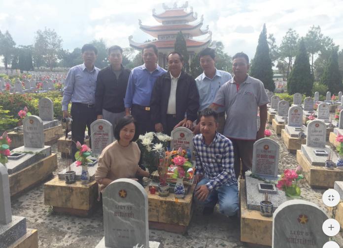 Sau gần 50 năm, gia đình mới tìm được mộ của liệt sĩ Lê Văn Tâm