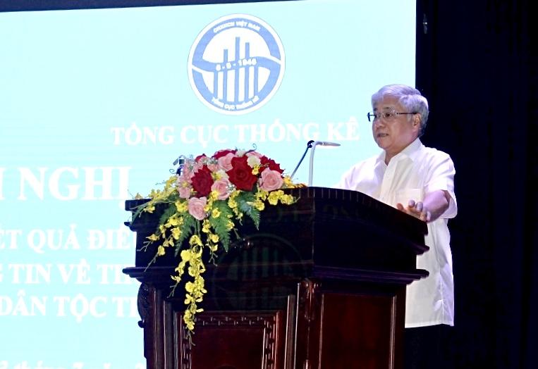 . Bộ trưởng, Chủ nhiệm Ủy ban Dân tộc Đỗ Văn Chiến phát biểu tại Hội nghị