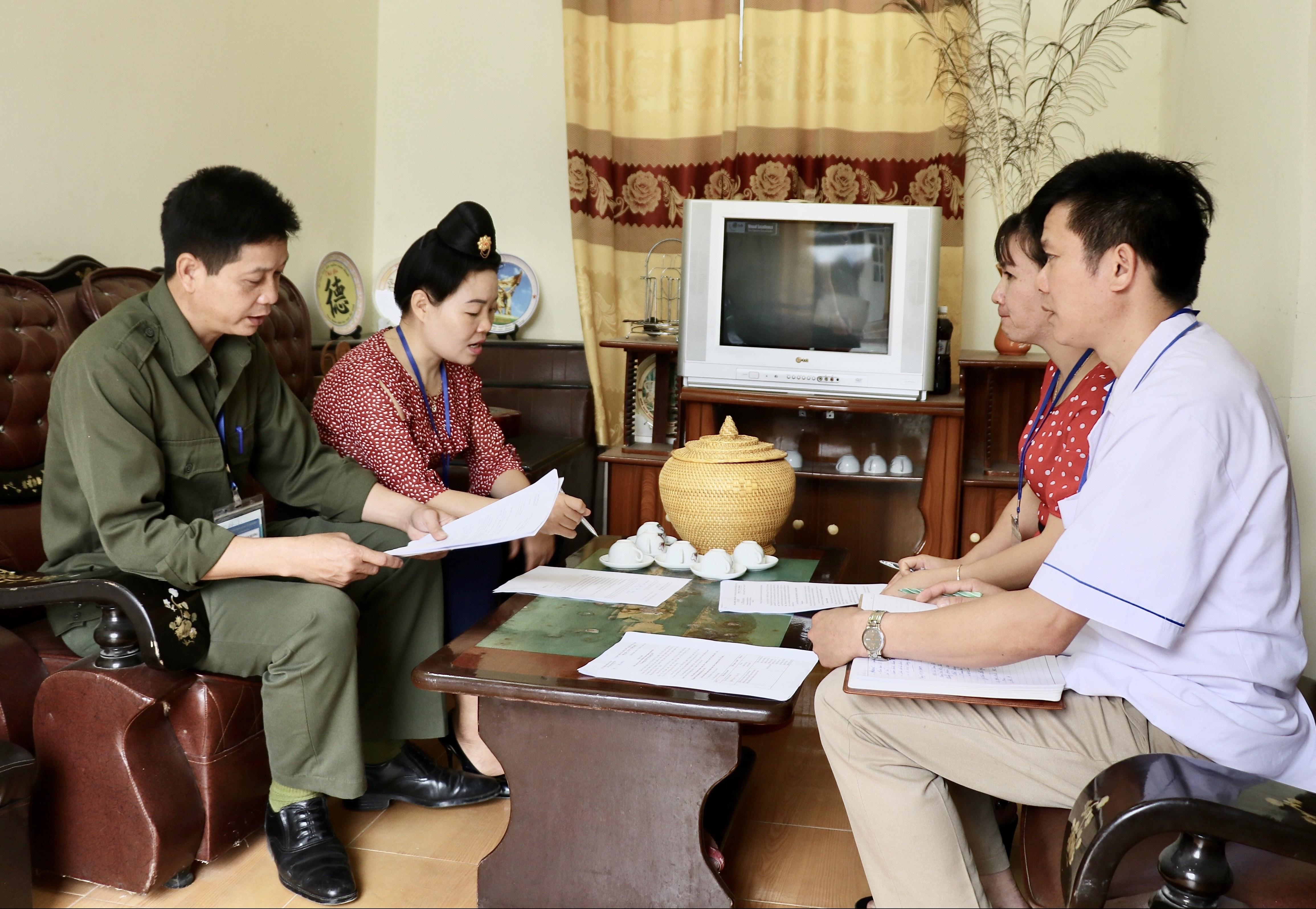 Các đoàn thể xã Thanh Yên (huyện Điện Biên) họp bàn lựa chọn nội dung tuyên truyền về công tác bình đẳng giới tại các bản vùng đồng bào DTTS.