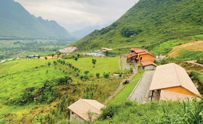 """H'Mông Village"""" du lịch xanh vùng cao núi đá   Báo Dân tộc và Phát triển"""