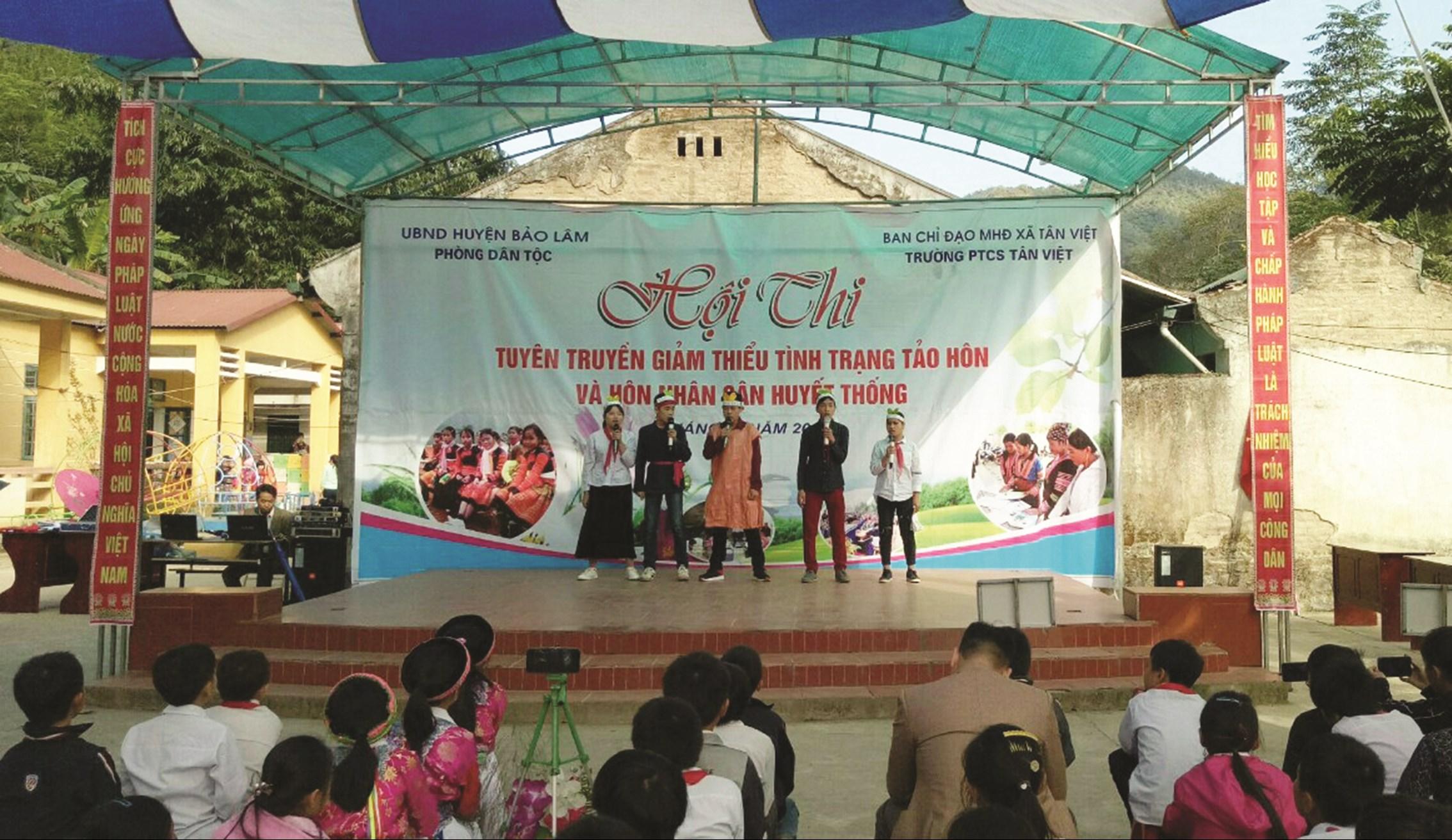 Mô hình điểm tuyên truyền giảm thiểu tình trạng TH&HNCHT tại Trường PTCS Tân Việt, huyện Bảo Lâm