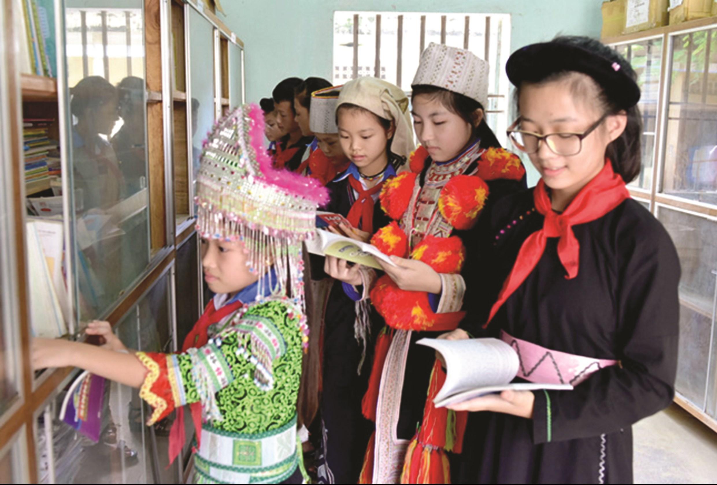Luật Thư viện có hiệu lực được kỳ vọng phát triển văn hoá đọc trong thời kỳ công nghệ số, đặc biệt là ở vùng DTTS, miền núi.