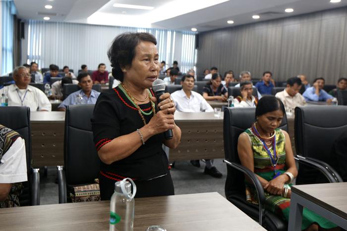 Đại biểu Người có uy tín tỉnh Quảng Ngãi phát biểu tại buổi gặp mặt