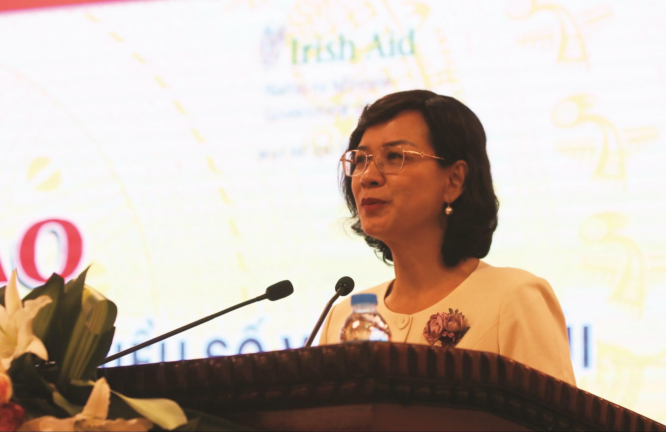 Bà Trần Tuyết Minh.