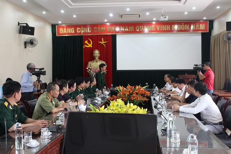 Đoàn làm việc với Đảng ủy, HĐND, UBND huyện Đại Từ, tỉnh Thái Nguyên