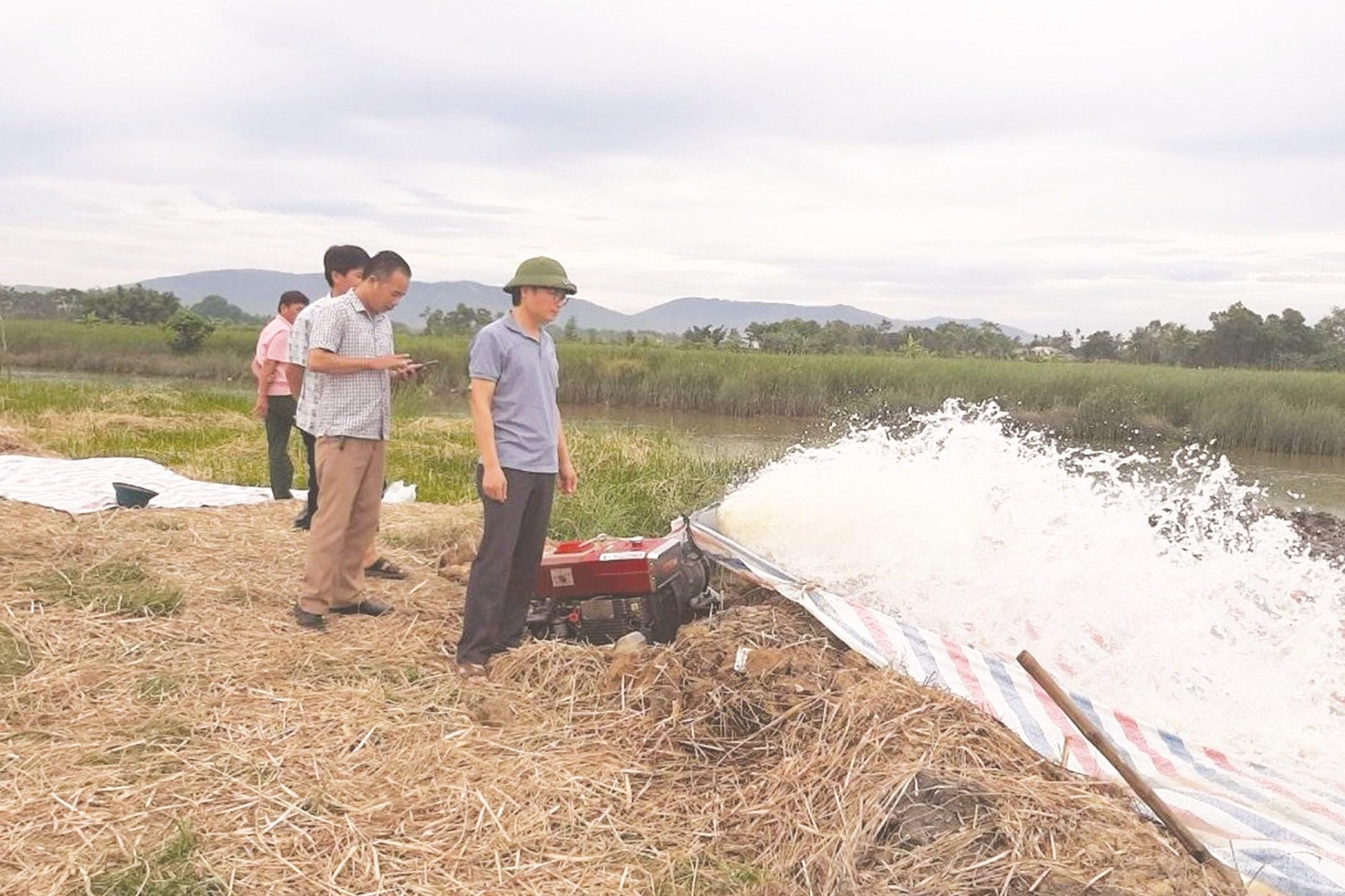 Trước mắt, các địa phương Bắc Trung Bộ cần tập trung cứu gần 26 nghìn ha lúa bị hạn