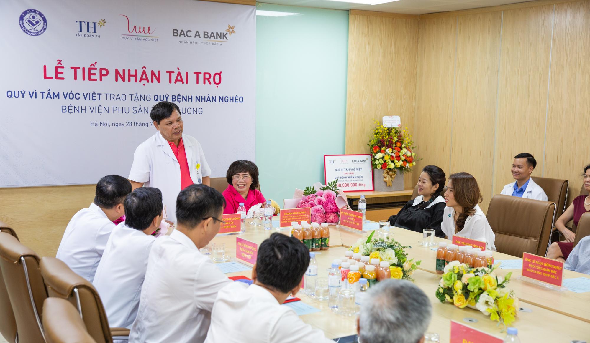 PGS. TS. Trần Danh Cường, Giám đốc Bệnh viện Phụ sản Trung ương phát biểu tại buổi Lễ tiếp nhận tài trợ