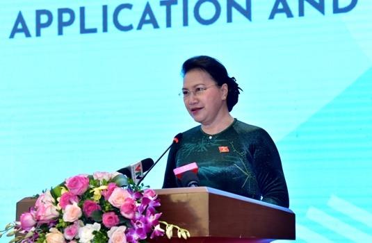 Chủ tịch Quốc hội Nguyễn Thị Kim Ngân phát biểu tại buổi lễ. Ảnh: Lâm Hiển