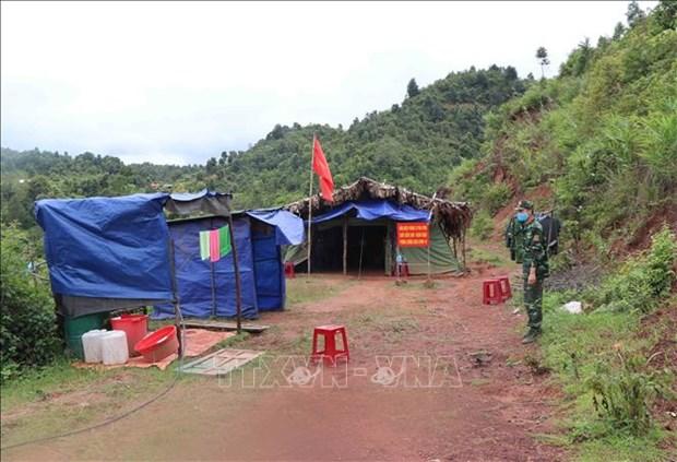 Chốt kiểm soát, ngăn chặn, phòng chống dịch của Đồn Biên biên phòng Si Pa Phìn đặt tại lối mòn khu vực mốc 66, biên giới Việt- Lào. Ảnh: Xuân Tiến-TTXVN
