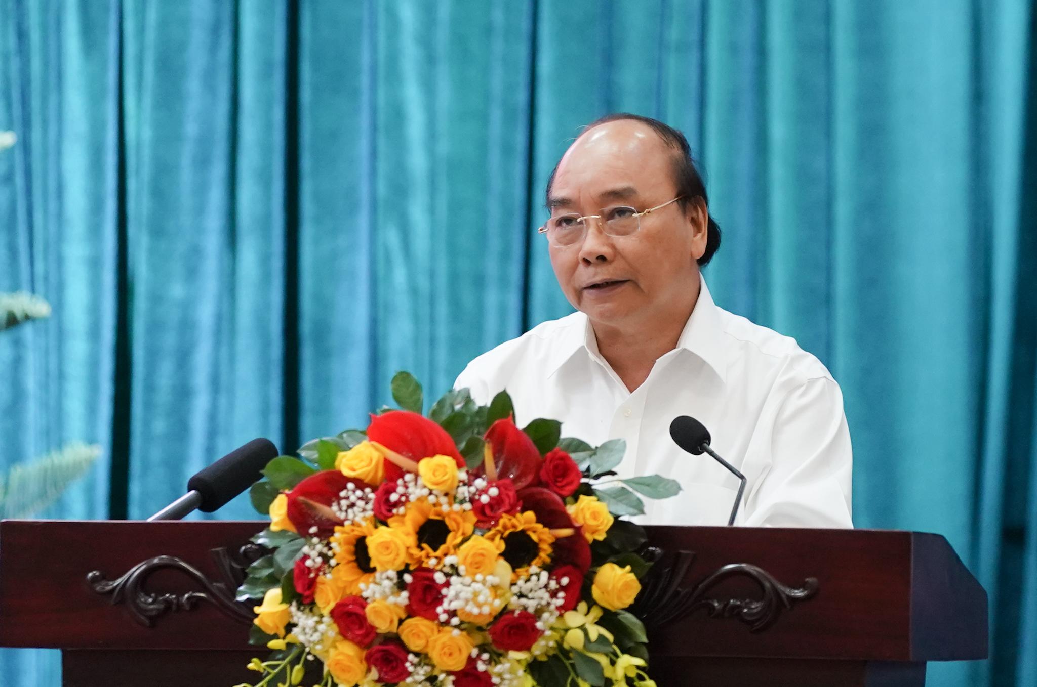 Thủ tướng kết luận cuộc làm việc với 13 tỉnh, thành phố ĐBSCL. - Ảnh: VGP/Quang Hiếu
