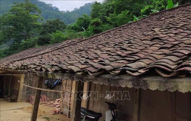 Những mái nhà ngói âm dương cổ kính ở xóm Hoài Khao. Ảnh: Quốc Đạt - TTXVN