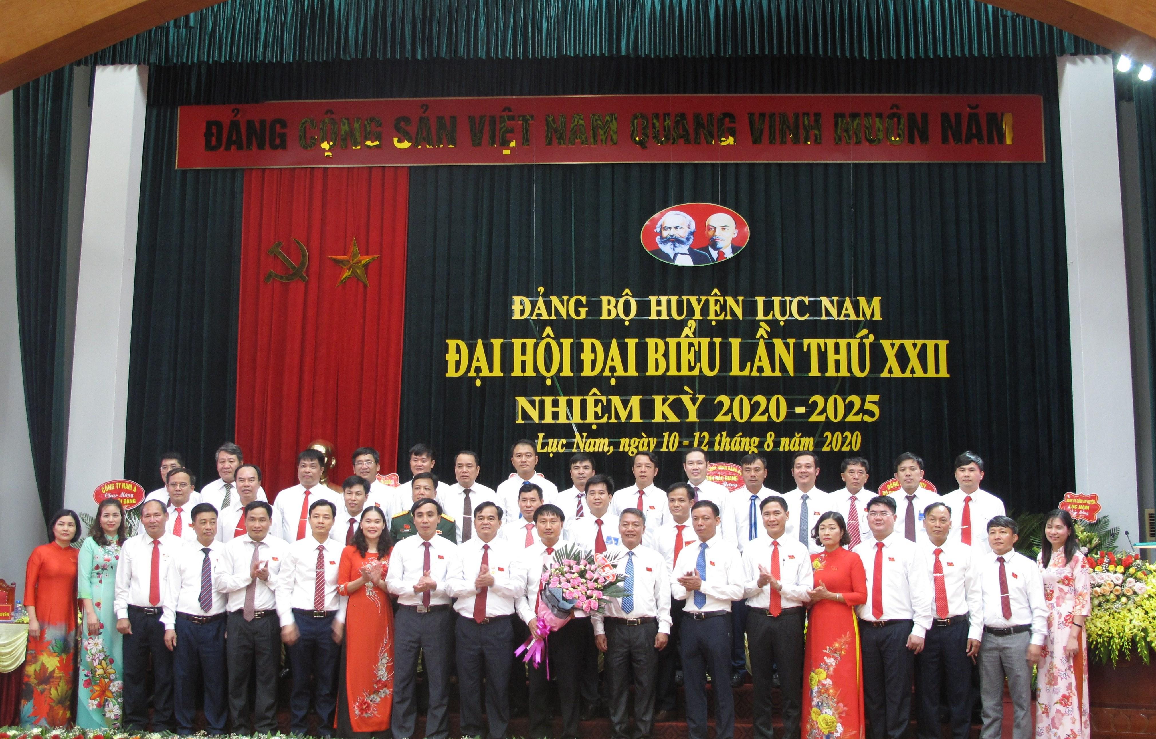 Ra mắt Ban chấp hành Đảng bộ huyện Lục Nam khóa XXII, nhiệm kỳ 2020-2025