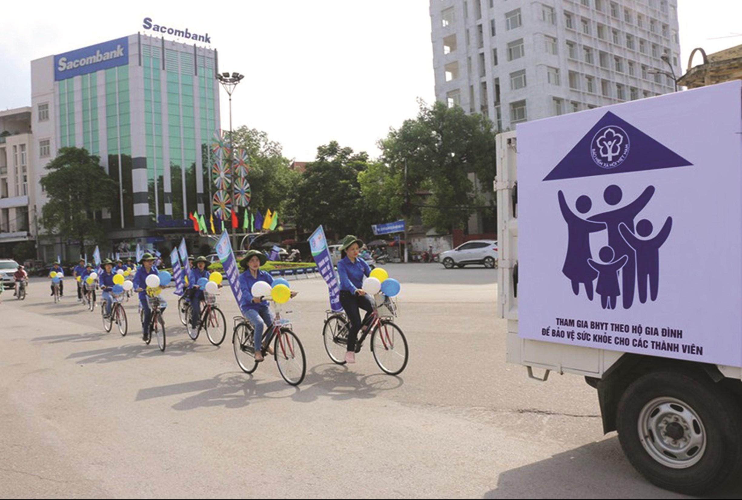 BHXH Việt Nam tích cực tuyên truyền, vận động người dân tham gia BHYT, BHXH, BHXH tự nguyện