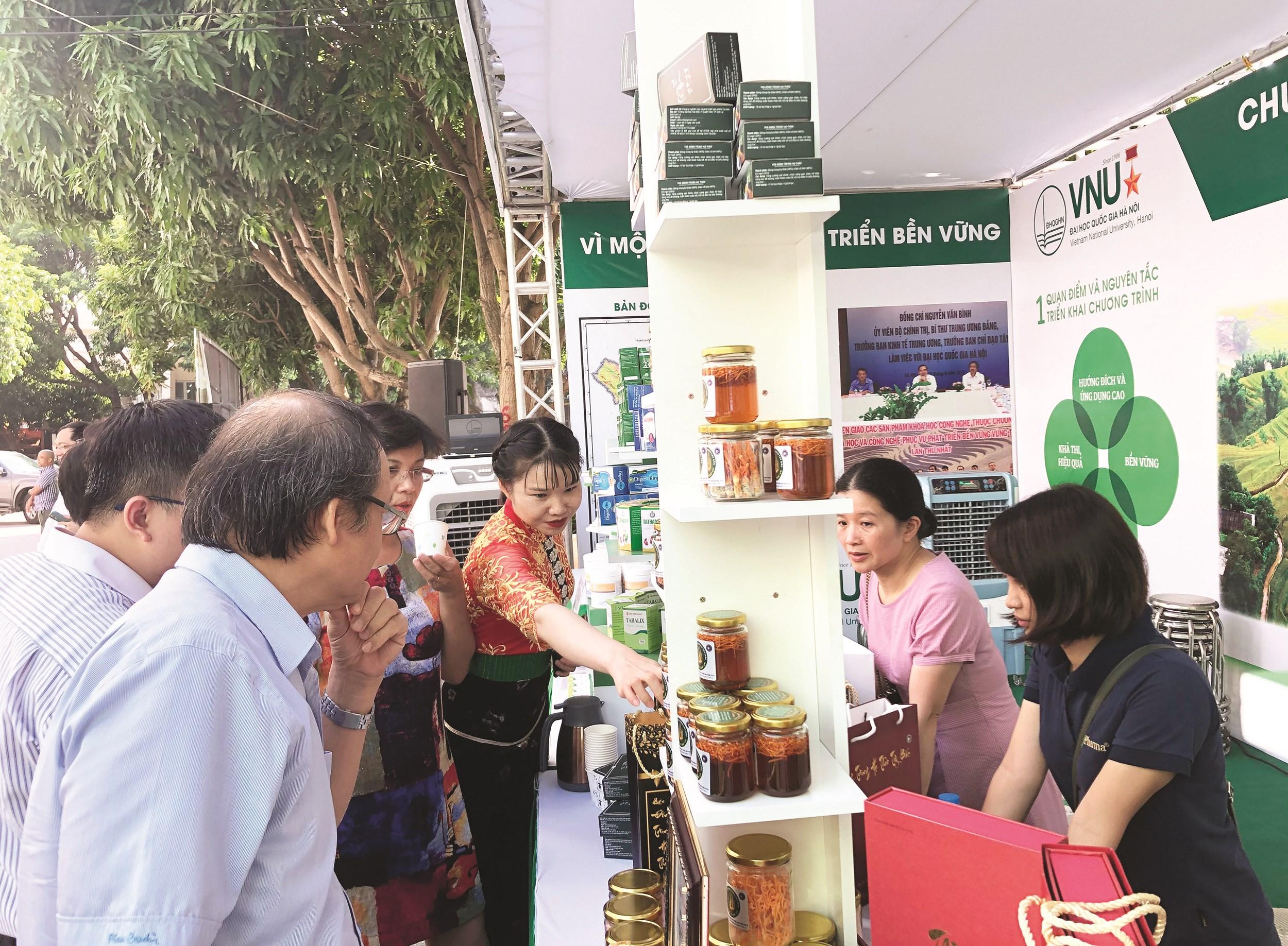 Sản phẩm KHCN được trưng bày tại Hội nghị Tổng kết Chương trình vào tháng 7/2020.