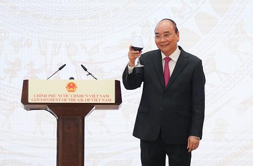 Thủ tướng Nguyễn Xuân Phúc chủ trì lễ kỷ niệm 75 năm Quốc khánh nước CHXHCN Việt Nam - Ảnh: VGP/Quang Hiếu