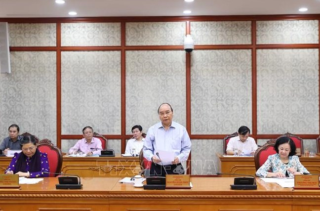 Sáng 25/8/2020, tại Trụ sở Trung ương Đảng, đồng chí Nguyễn Xuân Phúc, Ủy viên Bộ Chính trị, Thủ tướng Chính phủ chủ trì buổi làm việc của Bộ Chính trị với Ban Thường vụ Tỉnh ủy Tuyên Quang