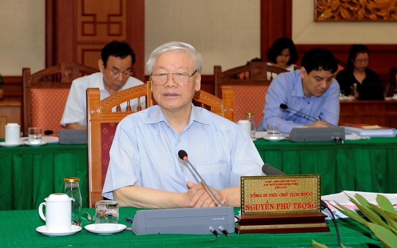 Tổng Bí thư, Chủ tịch nước Nguyễn Phú Trọng phát biểu tại cuộc làm việc với Ban Thường vụ Thành ủy Thành phố Hồ Chí Minh