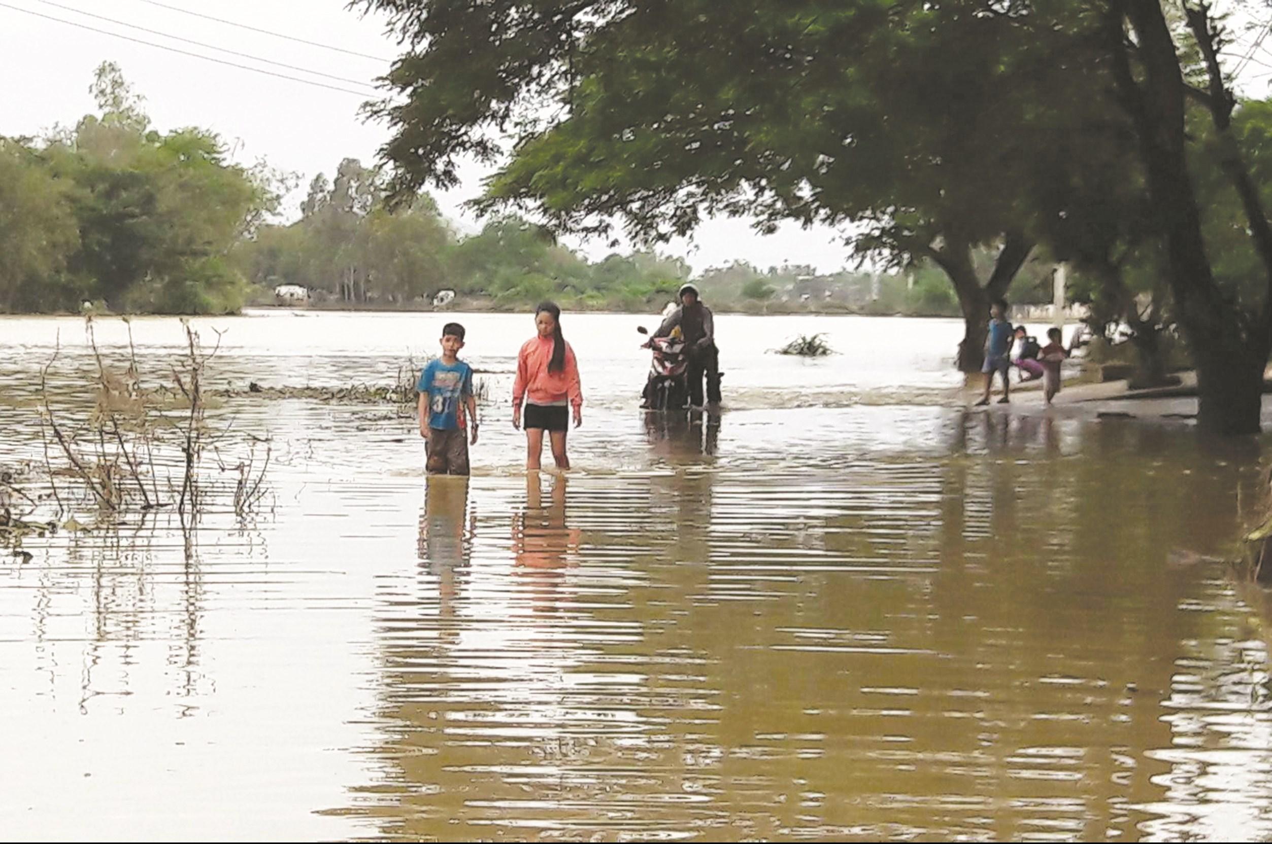 Sau mưa bão là môi trường thuận lợi để dịch bệnh bùng phát