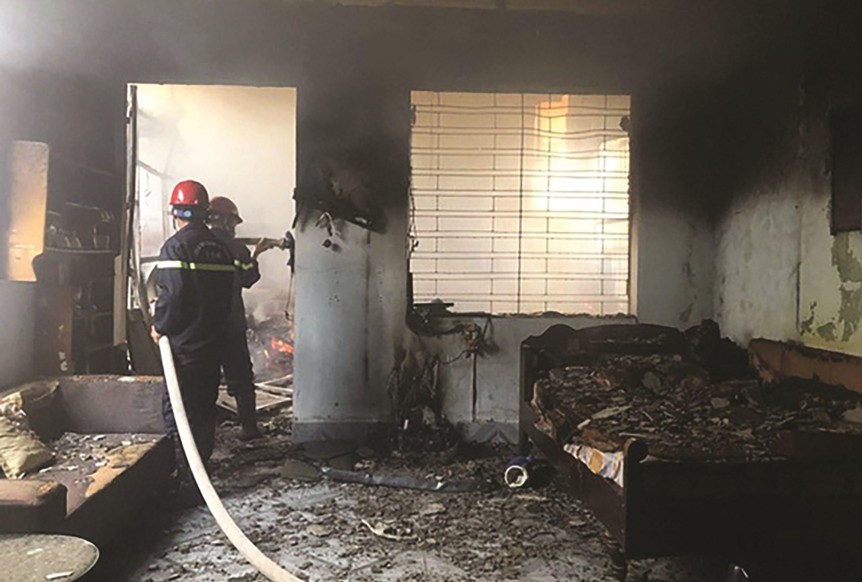 Vụ hỏa hoạn ở Hải Phòng do đốt vàng mã. (Ảnh Internet)