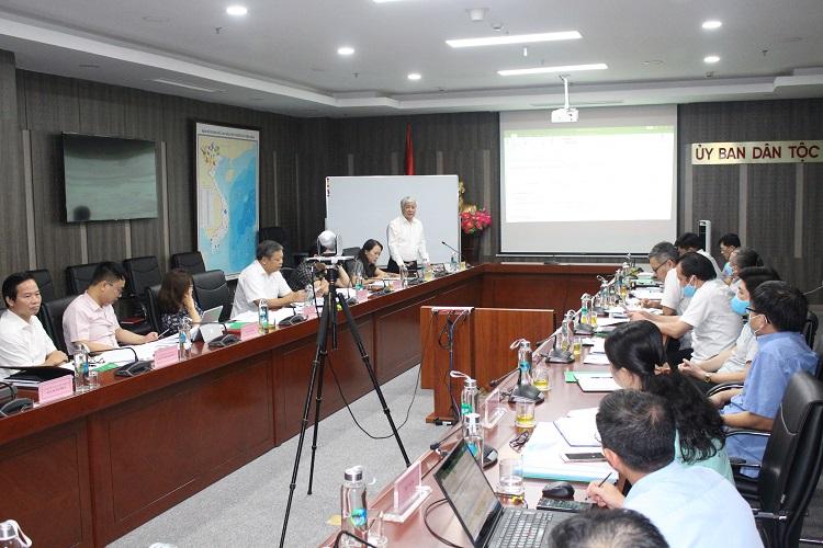 Bộ trưởng, Chủ nhiệm Đỗ Văn Chiến chủ trì phiên họp