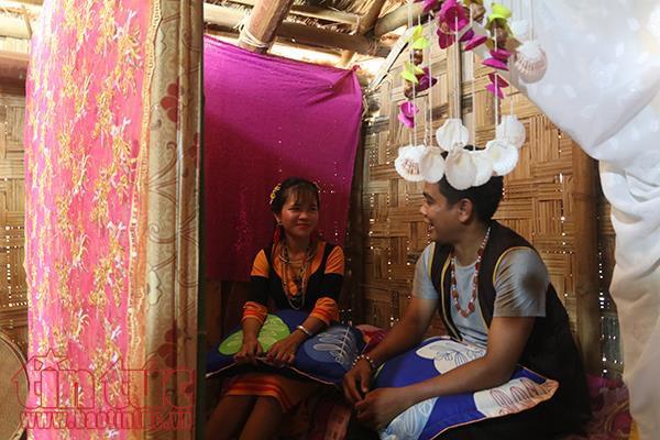 """Trước khi đi đến hôn lễ, đôi trai gái có thể """"ngủ thảo"""" . - Ảnh baotintuc.vn"""