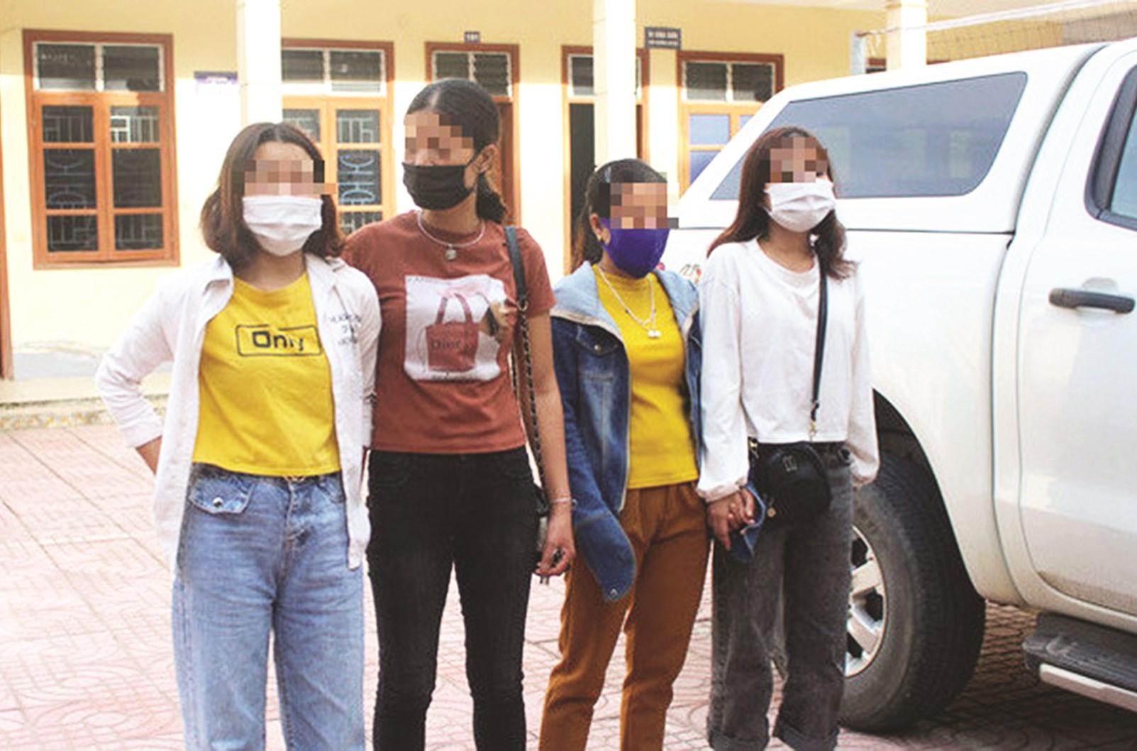 Các cô gái được lực lượng Công an Nghệ An giải cứu