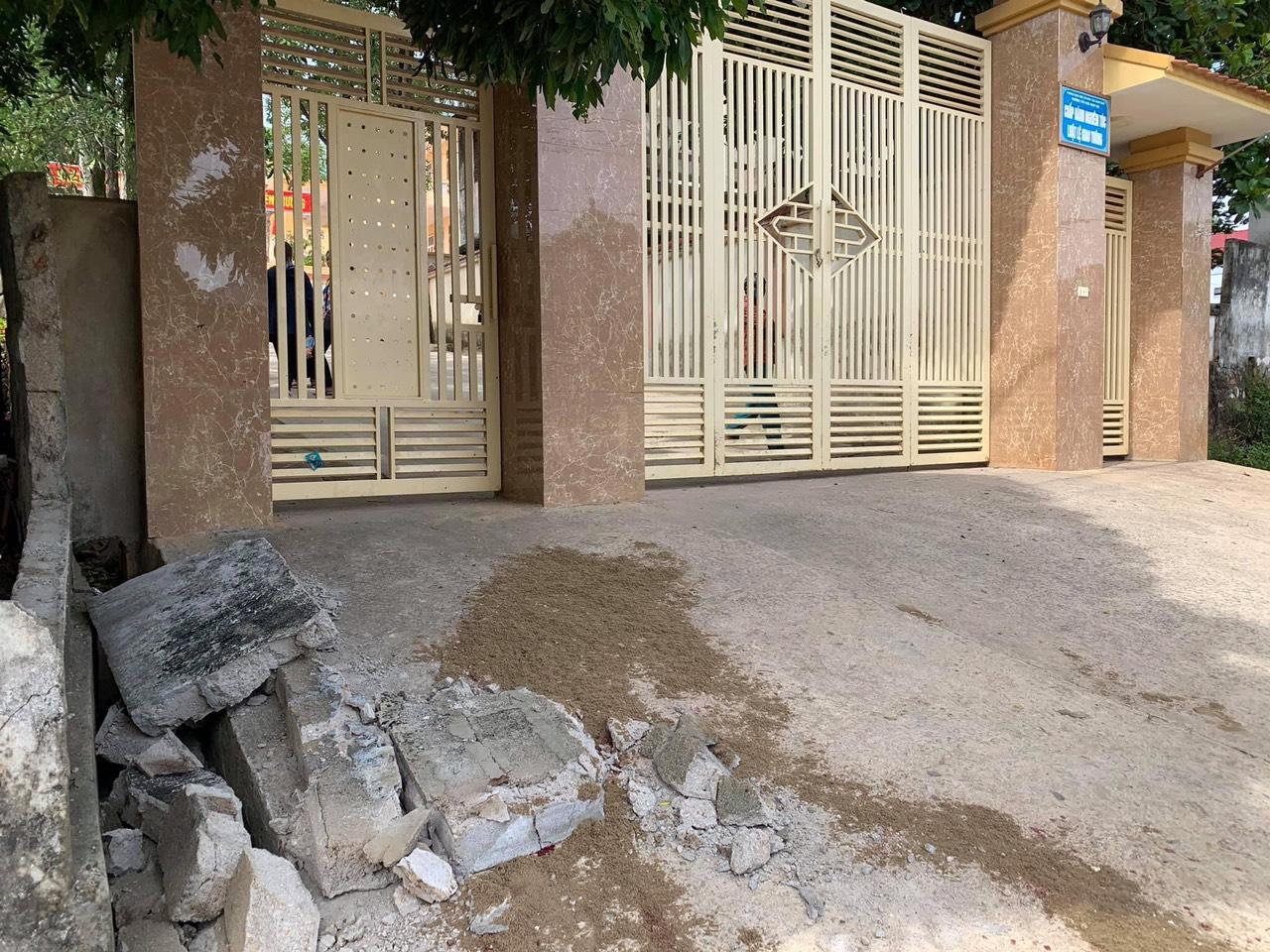 Hiện trường vụ tai nạn đau lòng tại xã Nam Lộc, huyện Nam Đàn, Nghệ An
