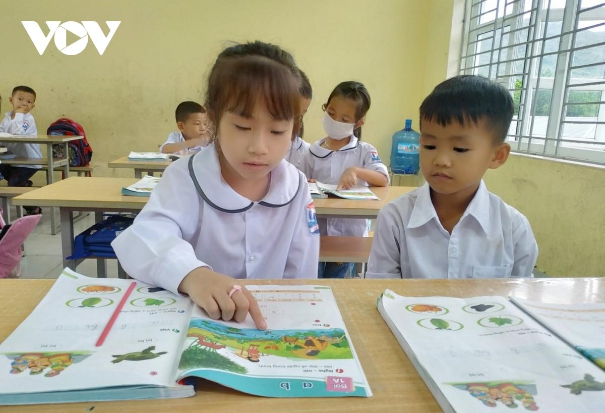 Học sinh lớp 1 hào hứng với Chương trình Giáo dục phổ thông mới.
