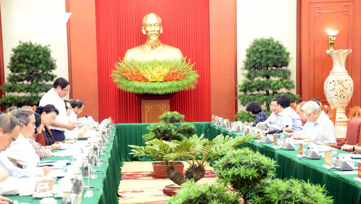 ổng Bí thư, Chủ tịch nước Nguyễn Phú Trọng, chủ trì phiên họp tiểu ban văn kiện Đại hội XIII của Đảng ngày 11/9.