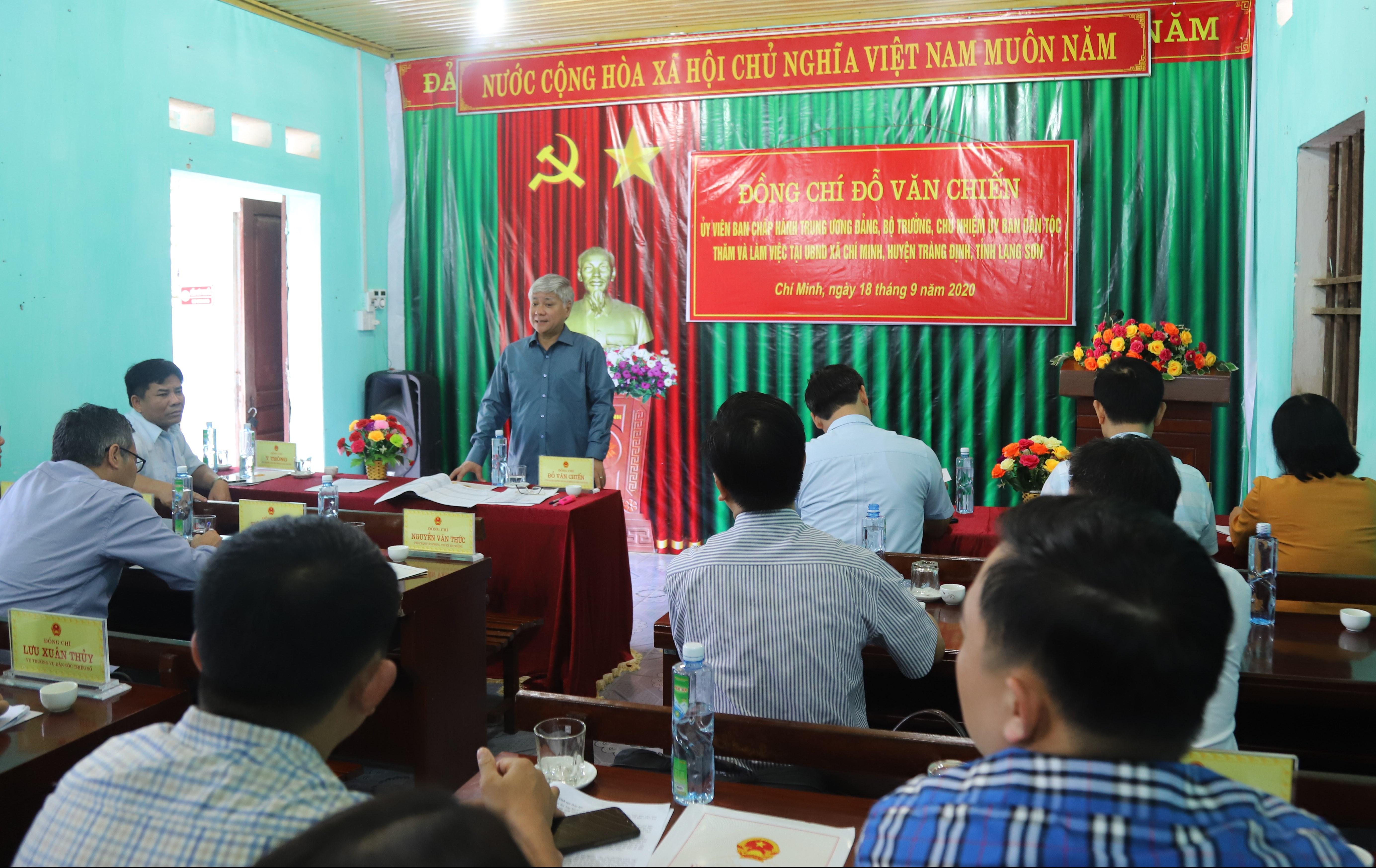 Bộ trưởng, Chủ nhiệm Đỗ Văn Chiến phát biểu tại buổi làm việc với xã Chí Minh, huyện Tràng Định, tỉnh Lạng Sơn.