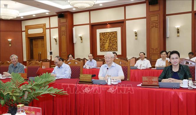 Tổng Bí thư, Chủ tịch nước Nguyễn Phú Trọng chủ trì buổi làm việc với Ban Thường vụ Thành ủy Hà Nội. Ảnh: Phương Hoa/TTXVN
