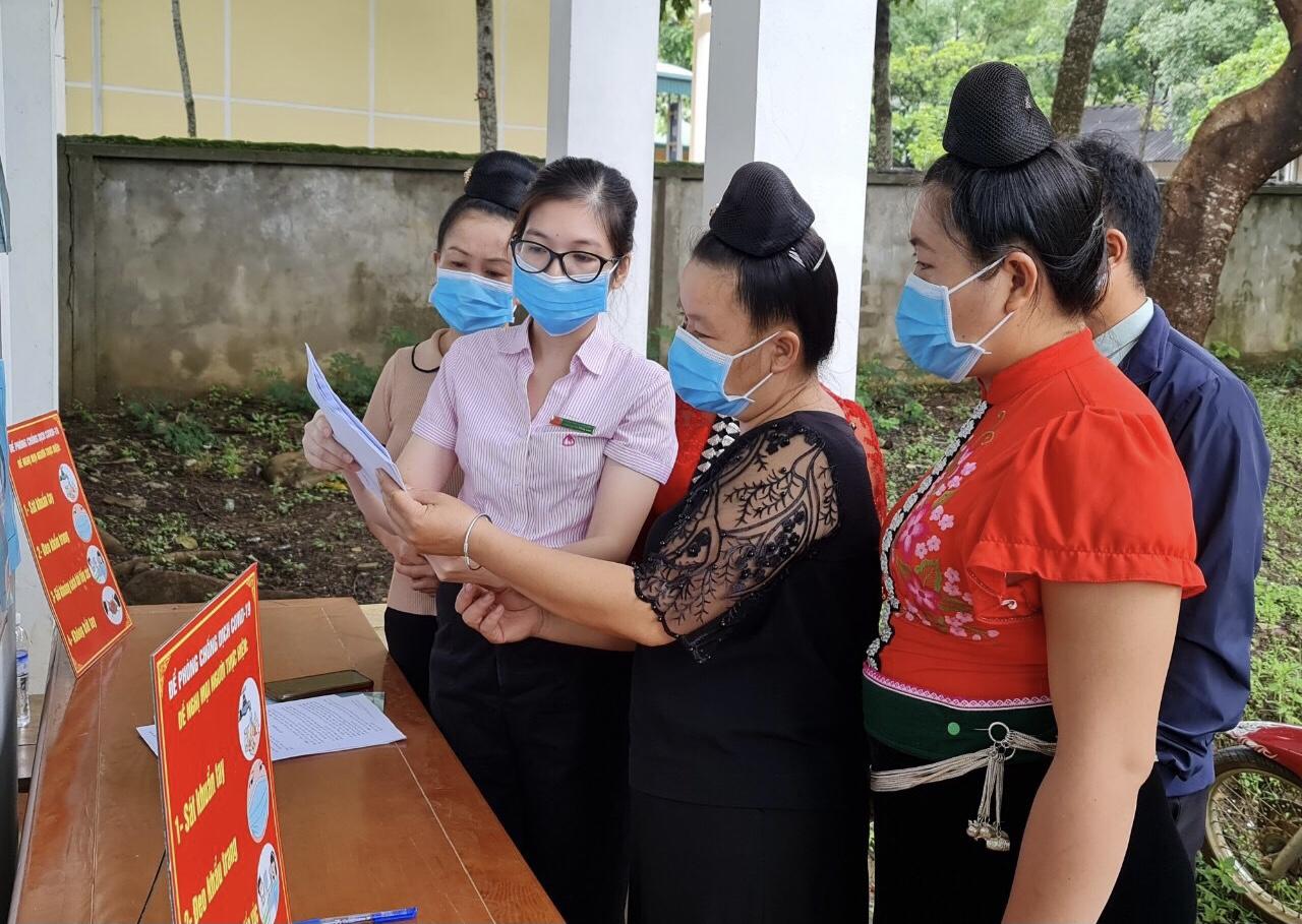 Một phiên giao dịch tại xã Yên Sơn, huyện Yên Châu, tỉnh Sơn La