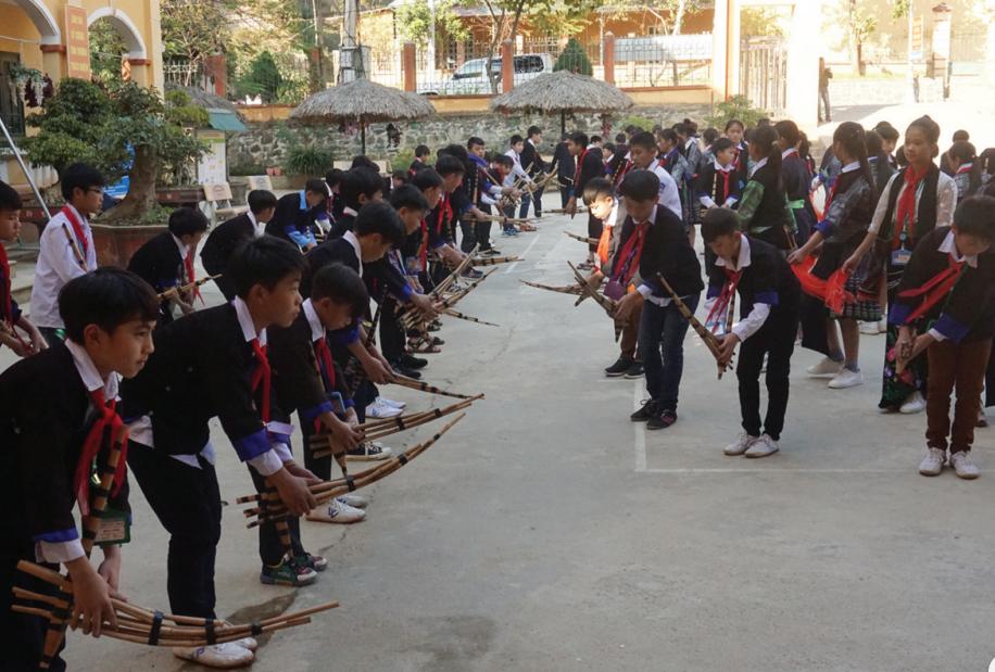 Điều kiện học tập của con em đồng bào các dân tộc tỉnh Yên Bái ngày càng được cải thiện