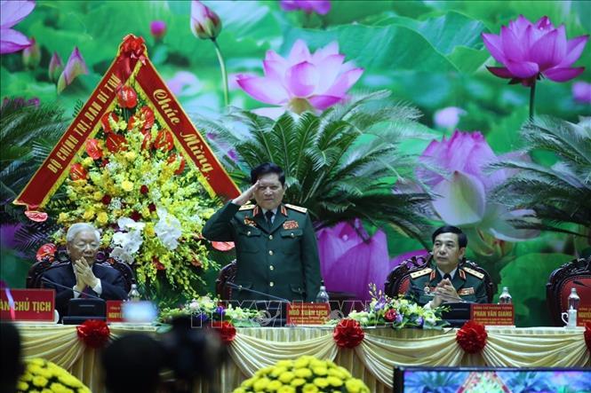 Đại tướng Ngô Xuân Lịch, Ủy viên Bộ Chính trị, Phó Bí thư Quân ủy Trung ương, Bộ trưởng Bộ Quốc phòng phát biểu khai mạc. Ảnh: TTXVN