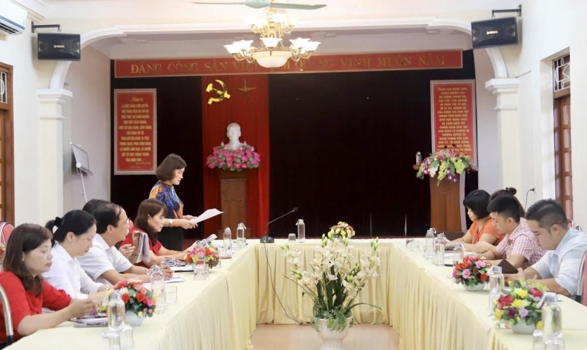 Đoàn công tác của Báo Dân tộc và Phát triển làm việc tại Yên Bái
