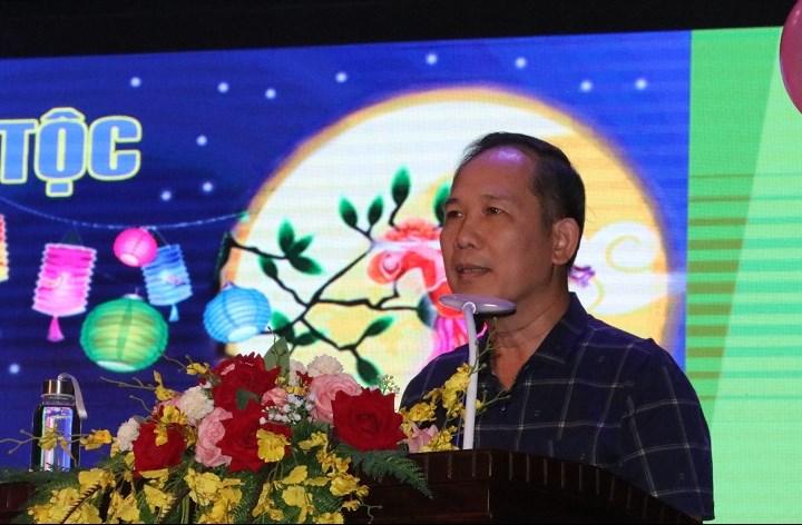 Ông Nguyễn Quang Hải, Chủ tịch Công đoàn UBDT, Tổng Biên tập Tạp chí Dân tộc phát biểu tại Đêm hộ trằng rằm
