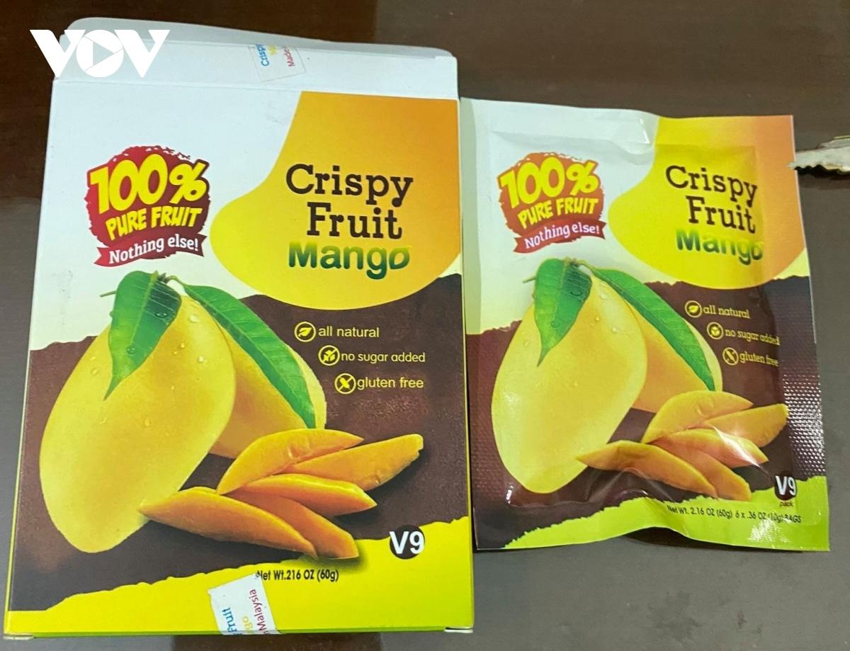 """Chất bột màu vàng được đóng gói nilon ghi dòng chữ """"Crispy Fruit Mango"""" (còn gọi là nước xoài) là ma túy thuộc loại Bromazepam."""