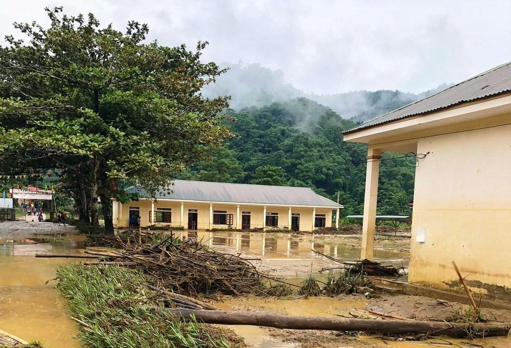 Lũ quét gây ảnh hưởng nặng nề các trường học ở xã Yên Tĩnh, huyện Tương Dương năm 2018