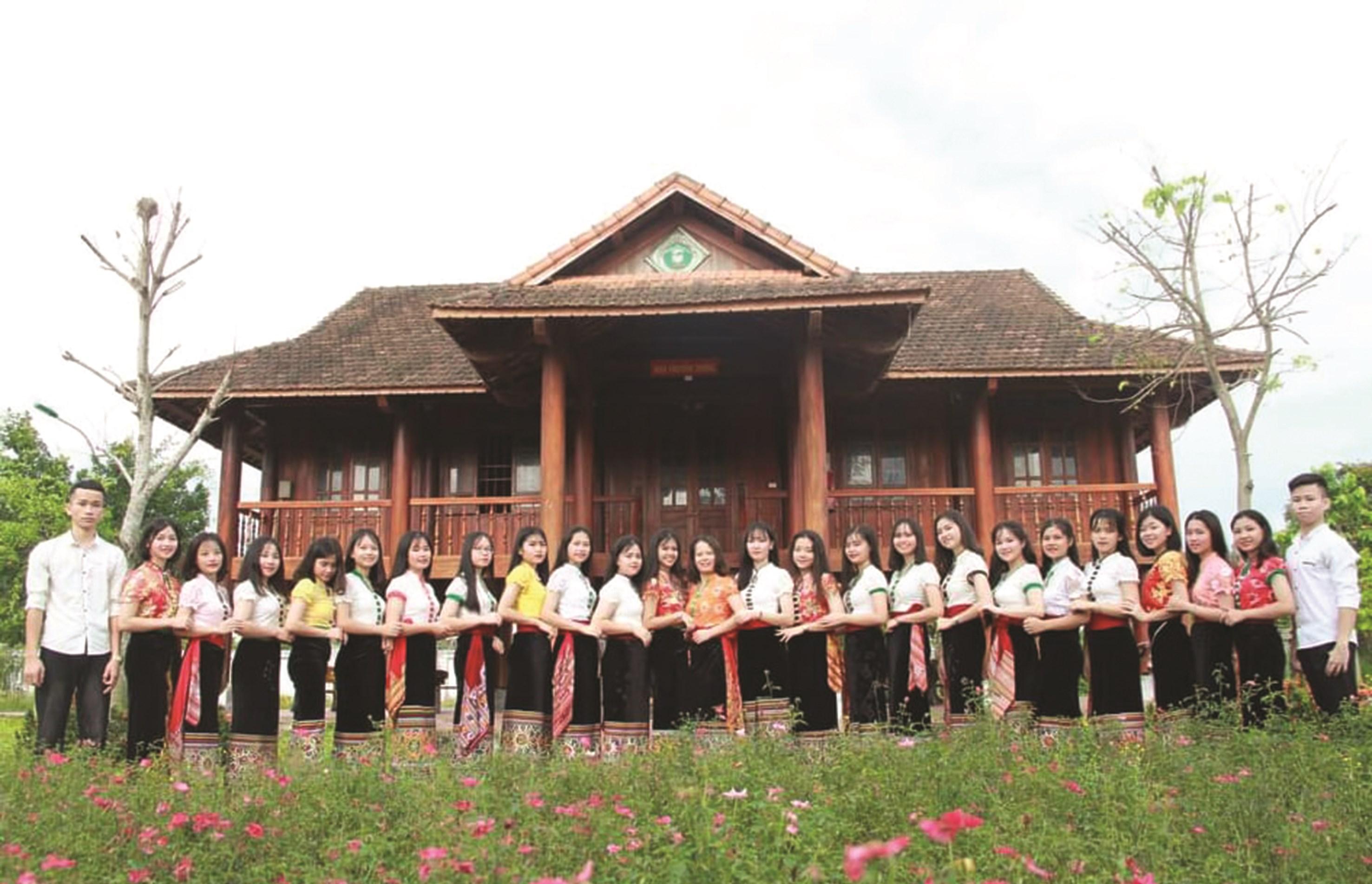 Trường phổ thông DTNT THPT số 2 Nghệ An có tỷ lệ học sinh đỗ vào đại học rất cao