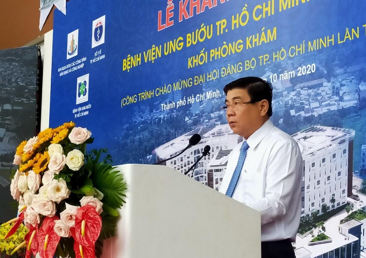 Ông Nguyễn Thành Phong, Chủ tịch UBND TP HCM phát biểu tại lễ khánh thành Bệnh viện