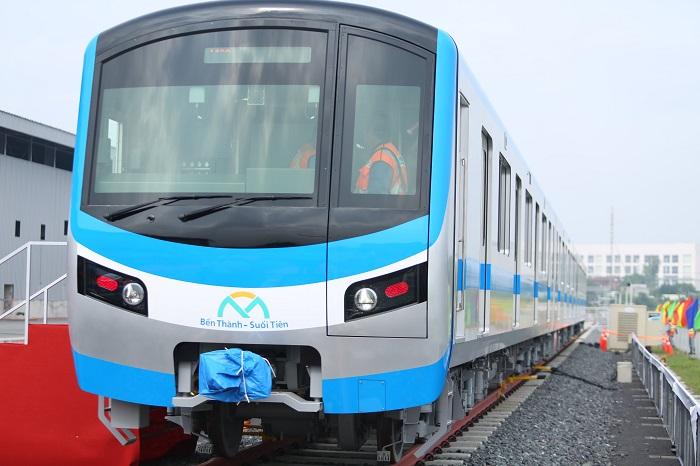 Toàn cảnh tàu Metro số 1 đầu tiên được TP Hồ Chí Minh đón nhận