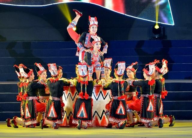 Các tác phẩm múa đương đại phải đảm bảo được yếu tố văn hóa của dân tộc muốn truyền tải trong tác phẩm múa (Ảnh tư liệu)